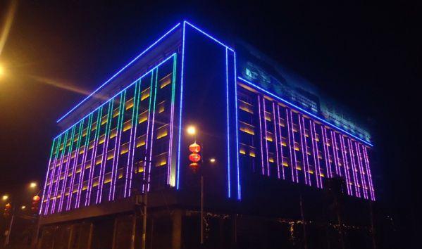 фасадное освещение